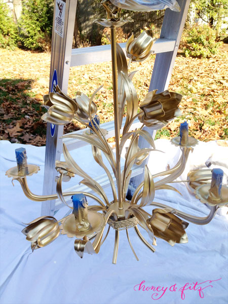 How-to-Spray-Paint-a-Chandelier2