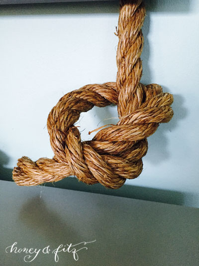 honey&fitz_knoxbedroom-diy-rope-gallery-wall14